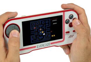 Evercade, consola portátil retro, se pondrá a la venta el 12 de junio